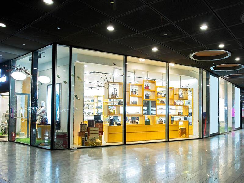 Frameless Glass Shopfronts